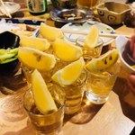 居酒屋竹子 - テキーラショット 280円×8=2,240円