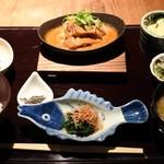 雅しゅとうとう - 鶏肉の胡麻味噌焼き1100円