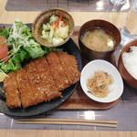 78668453 - ささ木豚ロースかつ定食 ¥1280+税