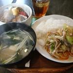 塩豆 - 料理写真:日替わり定食(860円)