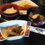 かぶらや - 料理写真:本日の定食1080円