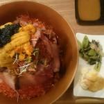 和牛&Seafood Micio(ミーチョ) - 和牛海鮮宝石丼特上¥2700肉増し¥500ご飯300g普通盛り❤