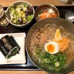 水刺間 - 冷麺定食