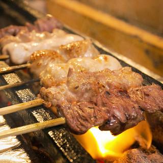 宮崎直送うまな備長炭で焼き上げる串は必食!