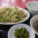 北京飯店 - 肉野菜炒め定食