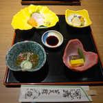 庭園茶寮 みな美 - 鯛めし御膳・やくも(¥4248)。先付け・お造り・炊合せから始まります