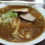 ラーメン専門 つるや - 料理写真:醤油ラーメン750円