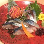 78685781 - 金華サバの刺身。初めて食べましたがとても美味しい