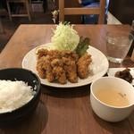 洋食ますだ - カキフライ定食1000円です(2017.12.29)
