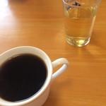 いさみや - 40分待つ間に、コーヒーを2杯頂きました。 無料です。(^^;