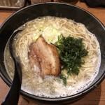 メンコウ ともや - Menkouともや三重大前店 煮干し肉そば 780円