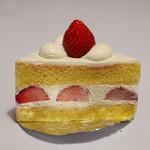 デコラシオン - ストロベリーショートケーキ