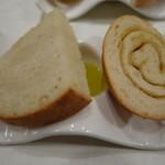 リゴレッティーノ - パン2種
