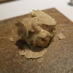 78699159 - 29年12月 エビ芋のフリット モンドールと白トリュフ