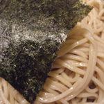中華そば ゼットン - 独特の麺色