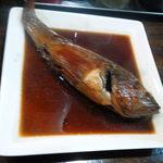 ◯信 - かさごの煮付け、タレまで美味い!