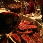 AMBROSIA - 赤ワインと肉