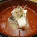 7871634 - 白甘鯛と焼豆腐の煮物椀