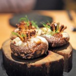 ラ・ボンヌターブル - 原木椎茸 鮎のなれ鮨クリーム クルミ ディル