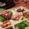 Torihachi - 料理写真:鳥刺し盛り合わせ