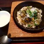 台湾小籠包 - 駿河湾釜揚げしらすと高菜のチャ-ハン