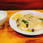 zuien - 鶏ひき肉と豆腐の塩煮込み