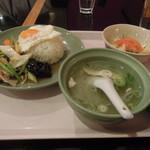 アジアンキッチン サワディー 新浦安店