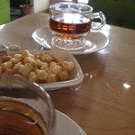 7872920 - 紅茶とあられ♪