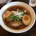 喜凛 - 料理写真:丸鶏しょうゆらーめん