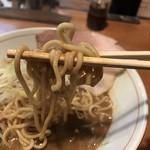 麺と人 - ごわごわの麺
