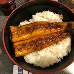 菊屋 - 特上うな丼 2200円。