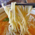 五味八珍 - ちょっぴり太めな麺はモチモチとした食感で中々ウマイ!初の「五味八珍」体験は中々有意義なものとなりました。