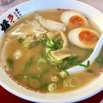 ラーメン横綱 - 料理写真:味玉ラーメン750円