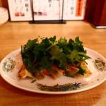 横浜五番街 いち五郎 - Wパクチー餃子