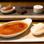 TABLE O TROIS - チョコレートのアソート&アールグレイとカルダモンのクレームブリュレ