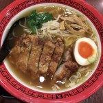 万世麺店 - 排骨拉麺&味玉半分