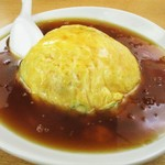 紅莉園 - ラーメンセット(ご飯物 + ラーメン)720円、夜は + 180円 の 天津飯 大盛り + 100円。