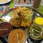 インド・ネパール料理 マナカマナ - Cセット¥2,380
