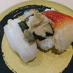 はま寿司 - 貝類三種盛 いろんなものちょっとずつ食べたいあたしに最適♡ やっぱ、コリコリ食感のつぶ貝が一番うまー!