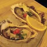 さかなや別邸 - 真牡蠣2種盛り