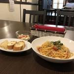 ミューズ カフェ - 魚介のトマトソース