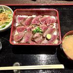 ステーキハウス 听 - 熟成和牛のステーキ重  100g     980円