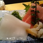 よし寿司 - 刺身アップ イカ、つぶ貝、大トロ