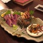 海町食堂ヒナサク - 料理写真:宇佐のヨコとサザエの刺身の盛り合わせ