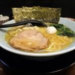 爛々亭 - 料理写真:家系ラーメン