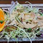 78768601 - い古い寿司 @西葛西 ランチ定食に付くデザートのカットオレンジ付きサラダ
