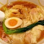 78768951 - 醤油ワンタン麺 950円