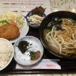 スタート - 料理写真:うどん定食600円
