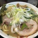 手打ち麺処 暁天 - しおラー麺 ¥840