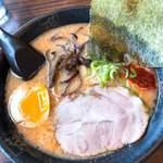 藤一番 - 料理写真:カラ旨とんこつらーめん(680円)